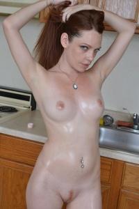 Raine Has An Oil Fetish - Picture 11