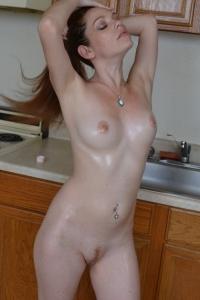 Raine Has An Oil Fetish - Picture 12